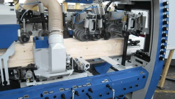 Skobeljni stroj za preseke do 300 x 260 mm