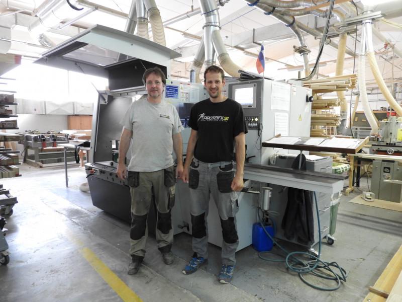 Skobeljni stroj Weinig Powermat 700 povečal produktivnost v proizvodnji vhodnih vrat