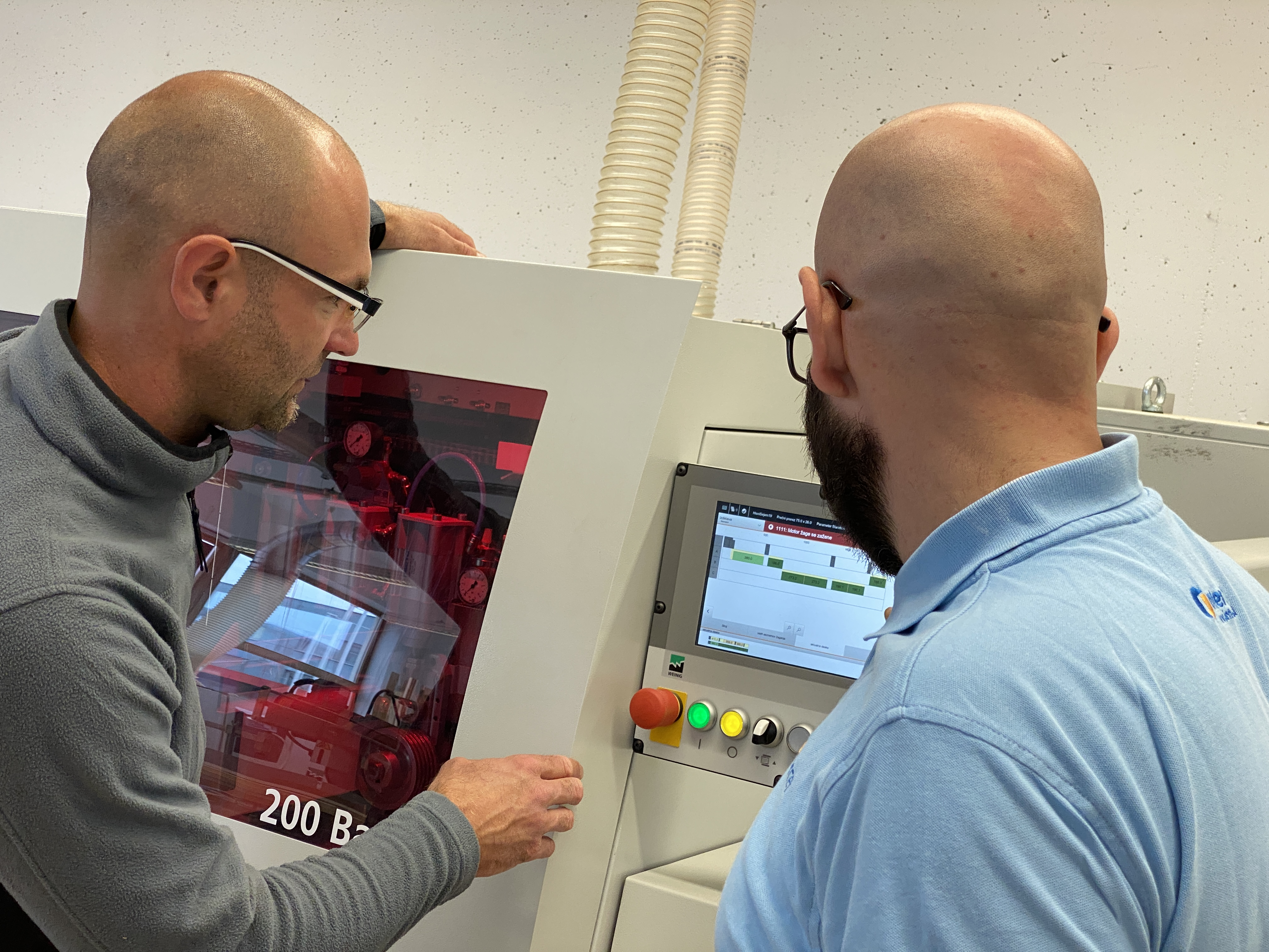 Šolanje uporabnikov za delo na lesnoobdelovalnih strojih