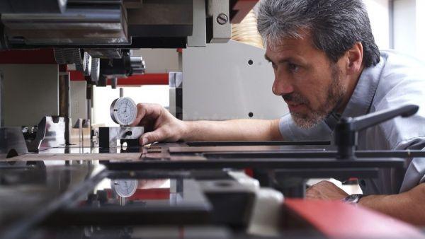 Prijave za preventivne preglede strojev v juliju so v teku